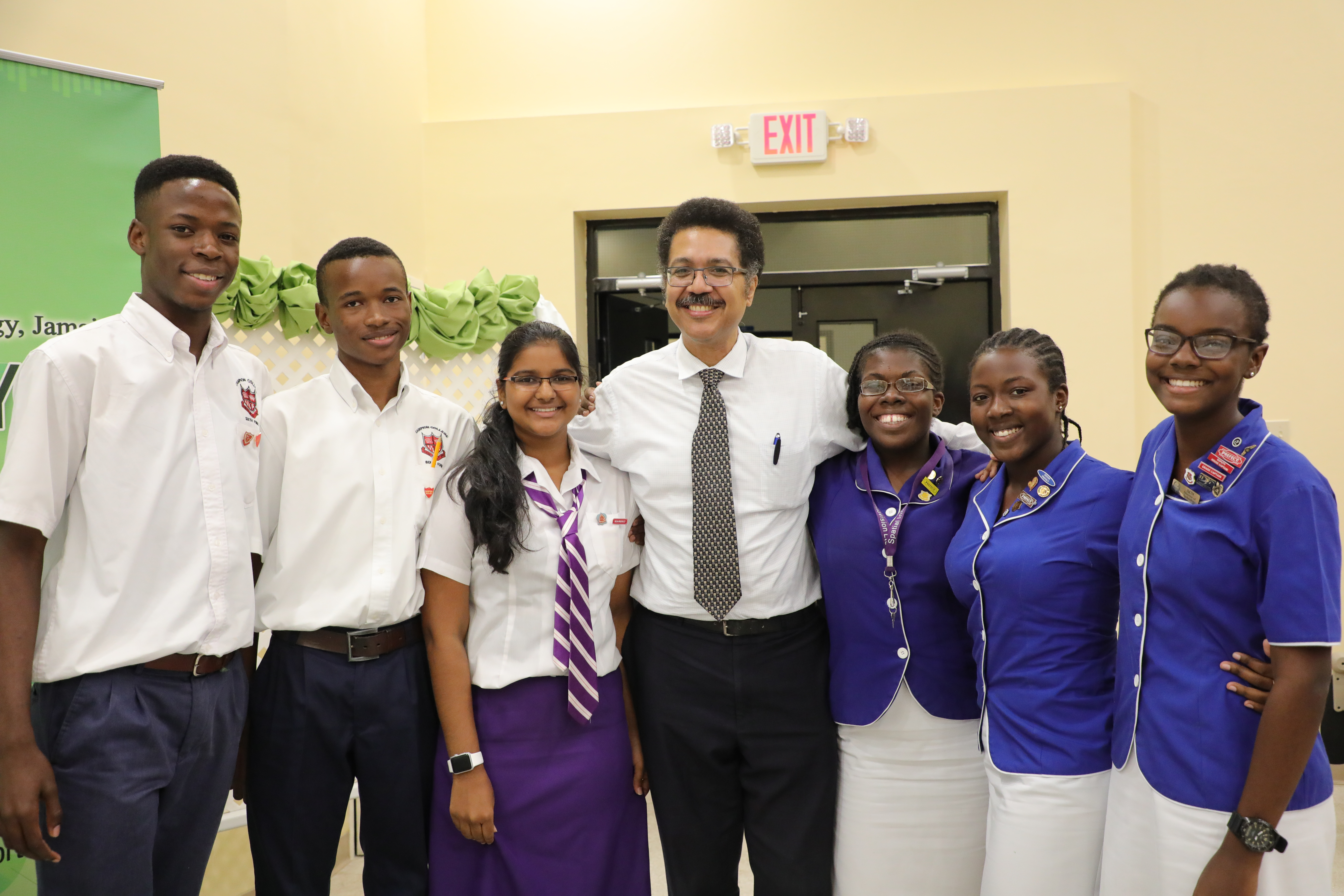 Glenmuir High and Immaculate Conception High to square off in Finals of Inaugural UTech, Jamaica Mathematics Quiz Competition