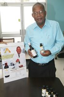 UTech, Jamaica Adjunct Professor Lawrence Williams Receives Patent for Anti-Cancer Drug