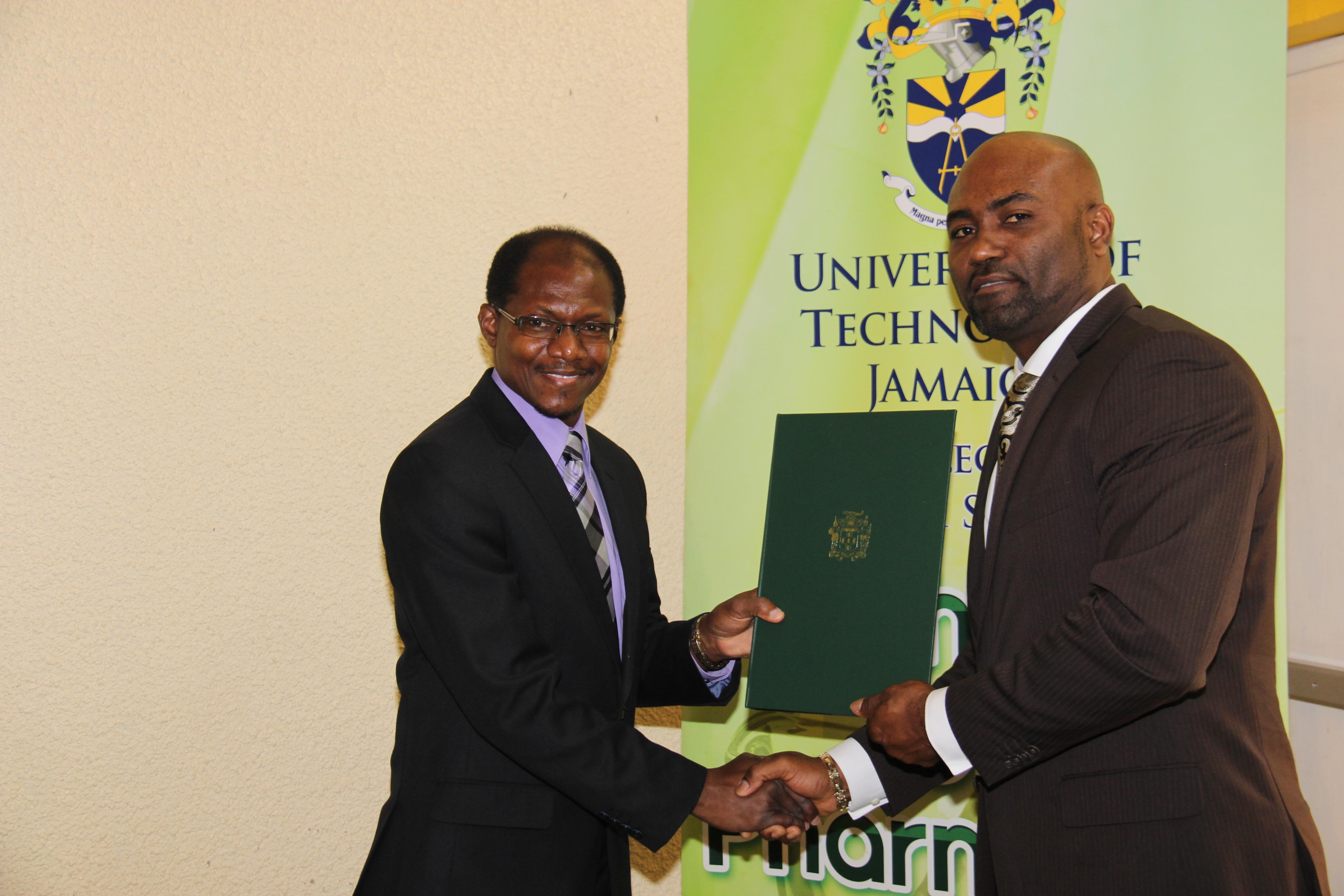 UTech, Jamaica Receives Renewed Licence for Medical Marijuana Research